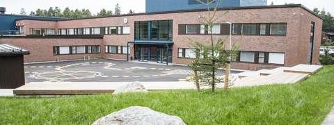 Päivänkehrän koulun koulurakennus