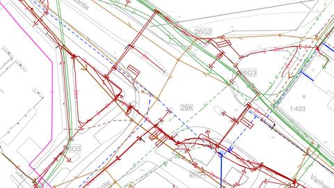 Kartvy. Med linjer, text och symboler visas markledningar, rör och kablar och olika uppgifter om dessa.