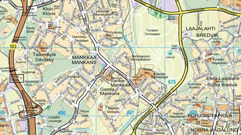 Karttanäkymä, jossa on ylhäältäpäin kuvattuna viivoilla, teksteillä, symboleilla ja eri väreillä mm. rakennuksia, kulkuväyliä, paikkoja ja alueita.
