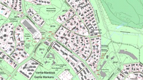 Karttanäkymä, jossa on ylhäältäpäin kuvattuna viivoilla, teksteillä ja symboleilla mm. rakennuksia, kulkuväyliä, paikkoja ja alueita.